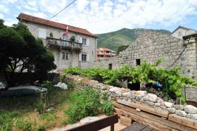 Image No.2-Villa de 5 chambres à vendre à Prcanj