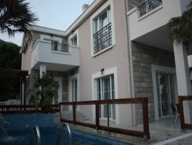 Image No.3-Villa de 5 chambres à vendre à Tivat