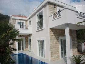 Image No.12-Villa de 5 chambres à vendre à Tivat