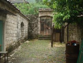 Image No.3-Maison de campagne de 5 chambres à vendre à Risan