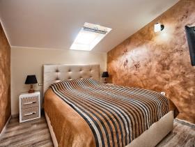 Image No.2-Maison / Villa de 3 chambres à vendre à Tivat