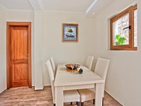 Image No.13-Maison / Villa de 3 chambres à vendre à Tivat