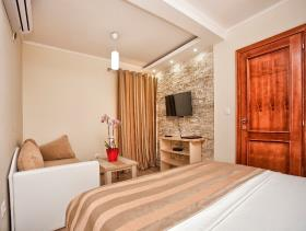 Image No.19-Maison / Villa de 3 chambres à vendre à Tivat