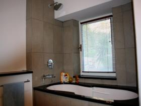 Image No.11-Maison / Villa de 7 chambres à vendre à Kotor