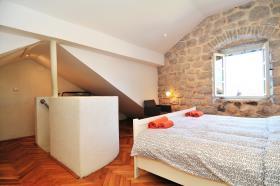 Image No.22-Maison de 3 chambres à vendre à Perast