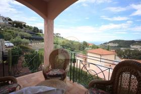 Image No.10-Villa de 4 chambres à vendre à Bordighera