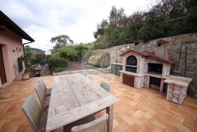Image No.11-Villa de 4 chambres à vendre à Bordighera