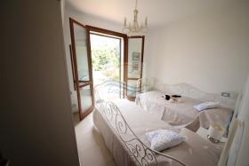 Image No.19-Villa de 4 chambres à vendre à Bordighera