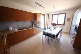 Image No.20-Villa de 4 chambres à vendre à Bordighera
