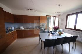 Image No.21-Villa de 4 chambres à vendre à Bordighera