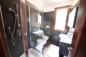 Image No.22-Villa de 4 chambres à vendre à Bordighera