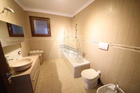 Image No.29-Villa de 4 chambres à vendre à Bordighera