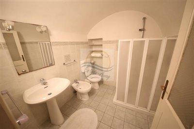 appartamento-ristrutturato-vendita-isolabona-14