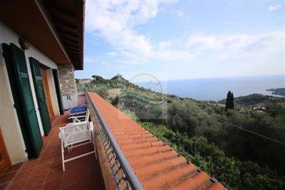 villa-in-vendita-a-ventimiglia-4