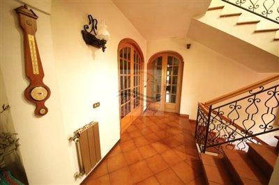 villa-in-vendita-a-ventimiglia-15