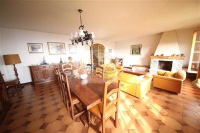 villa-in-vendita-a-ventimiglia-21
