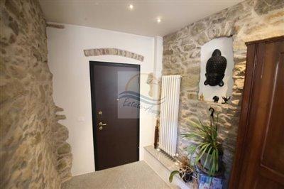 a-appartamento-ristrutturato-a-san-biagio-della-cima-vendita-6