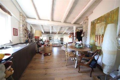a-appartamento-ristrutturato-vendita-san-biagio-della-cima-4