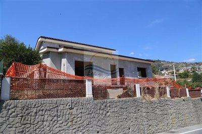a-villa-in-costruzione-vendita-ospedaletti-1