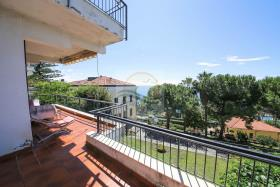 Bordighera, Apartment