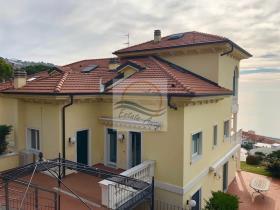 Image No.10-Appartement de 4 chambres à vendre à Ospedaletti