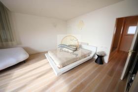 Image No.17-Appartement de 4 chambres à vendre à Ospedaletti
