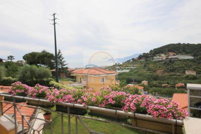 a-villa-con-piscina-vendita-bordighera-11