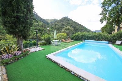 a-villa-con-piscina-vendita-a-isolabona-2