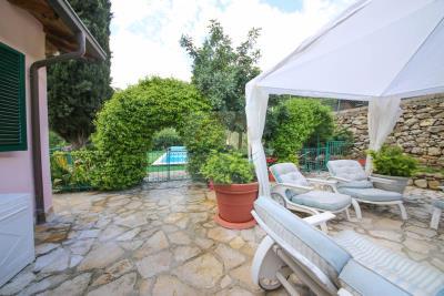 a-villa-con-piscina-vendita-a-isolabona-3