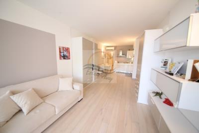 a-appartamento-con-giardino-e-piscina-vendita-vallecrosia-8