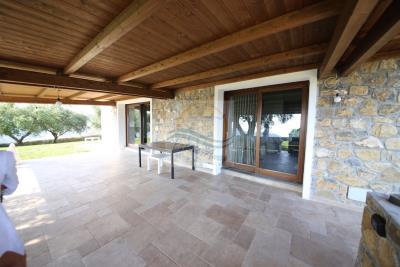 a-villa-in-vendita-a-vallebona-14