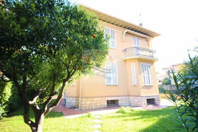 a-villa-d-epoca-vendita-bordighera-3