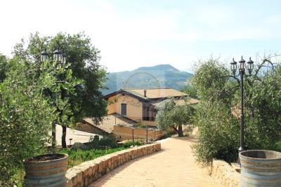 a-villa-in-vendita-a-camporosso-1