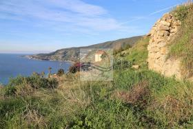 Image No.9-3 Bed Land for sale