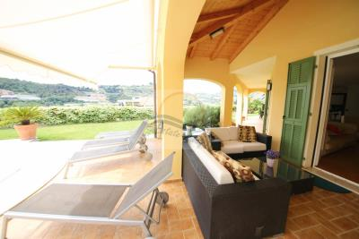 a-villa-con-piscina-vendita-bordighera-4