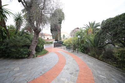 villa-con-parco-vendita-bordighera-2
