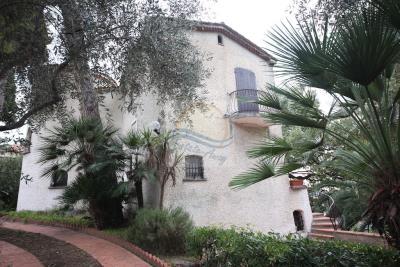 villa-con-parco-vendita-bordighera-5
