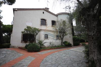 villa-con-parco-vendita-bordighera-7