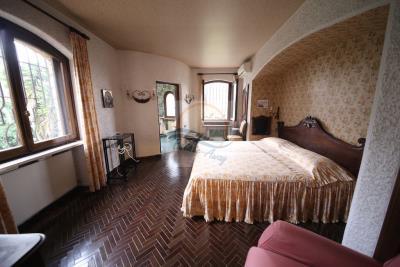 villa-con-parco-vendita-bordighera-20