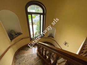 Image No.19-9 Bed Villa for sale