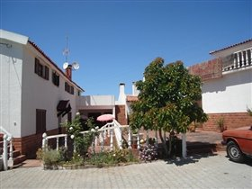Image No.5-7 Bed House for sale