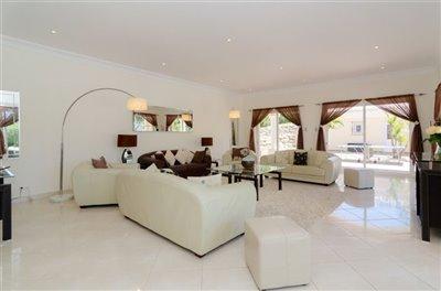 Image 16 of 24 : 5 Bedroom Villa Ref: GV563