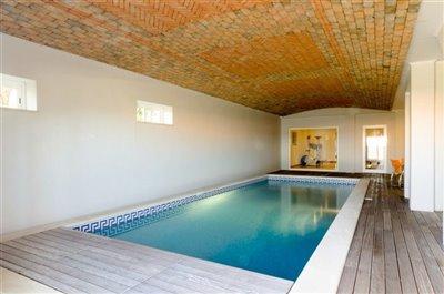 Image 18 of 24 : 5 Bedroom Villa Ref: GV563