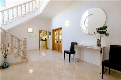 Image 2 of 24 : 5 Bedroom Villa Ref: GV563