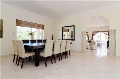 Image 3 of 24 : 5 Bedroom Villa Ref: GV563