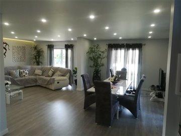 Image 25 of 27 : 3 Bedroom Villa Ref: AV2046