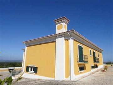Image 10 of 27 : 4 Bedroom Villa Ref: AV2066