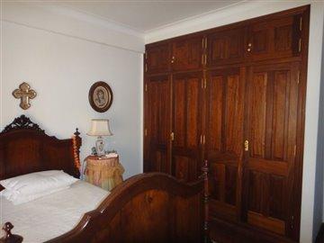 Image 17 of 27 : 4 Bedroom Villa Ref: AV2066