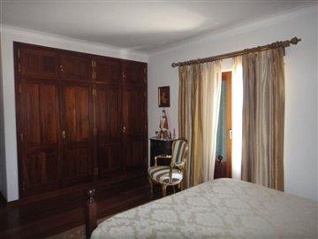 Image 19 of 27 : 4 Bedroom Villa Ref: AV2066