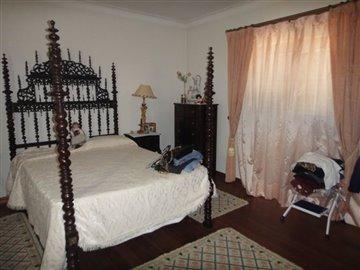 Image 21 of 27 : 4 Bedroom Villa Ref: AV2066